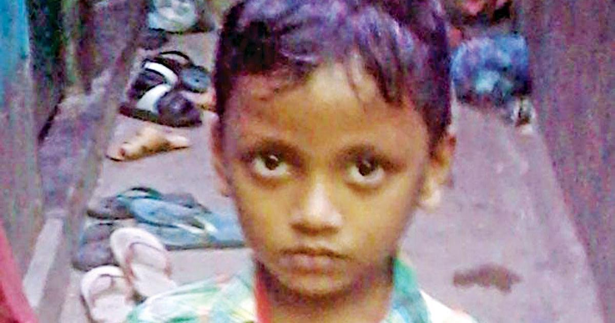 ঢাকার শ্যামপুরে ম্যানহোলে পড়ে নিহত শিশু নিরব